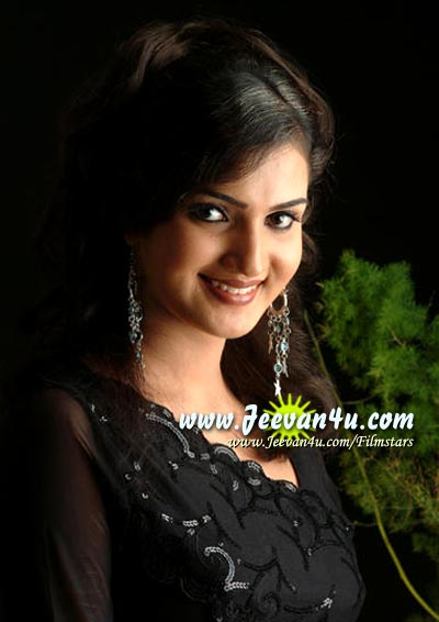 Actress Honey Rose Pictures